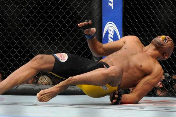 O doloroso drama de Anderson Silva/Foto: AP