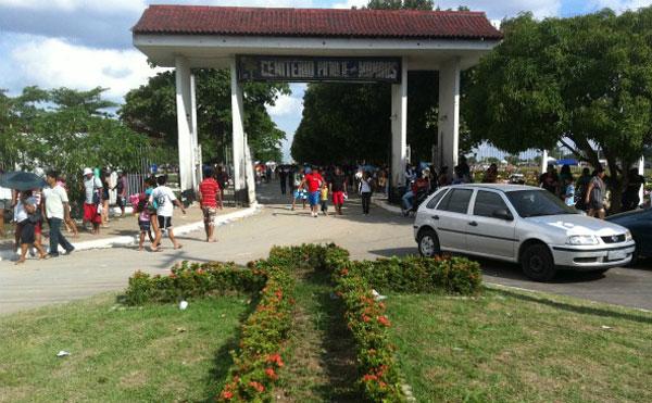 Cemitério Parque há quatro dias sem energia elétrica