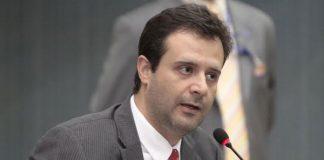 Vereador Serafim ainda com dúvidas sobre emendas à LO-14/Foto: Tiago Correa