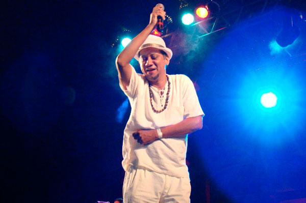 Cleber Cruz abre a temporada 2014, no Botequim