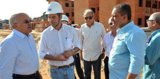 Melo visita obras do Prosamim e garante inauguração/Foto: Alfredo Fernandes