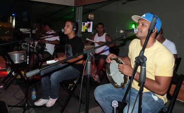 Grupo Cacildes, atração no Buteko, após o futebol