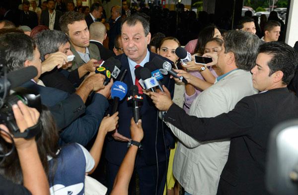 Governador Omar Aziz, reafirma parceria com a PMM/Foto: Alex Pazuello