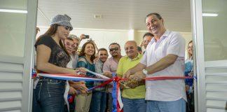 Governador Omar, com Melo e Nejmi Aziz, inaugura hospital, em Humaitá/Foto: Alex Pazuello