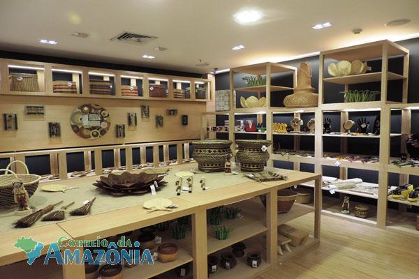 Armario Para Ropa Blanca ~ Loja de artesanato regional expõe decoraç u00e3o e biojoias no Amazonas Shopping Correio da Amaz u00f4nia